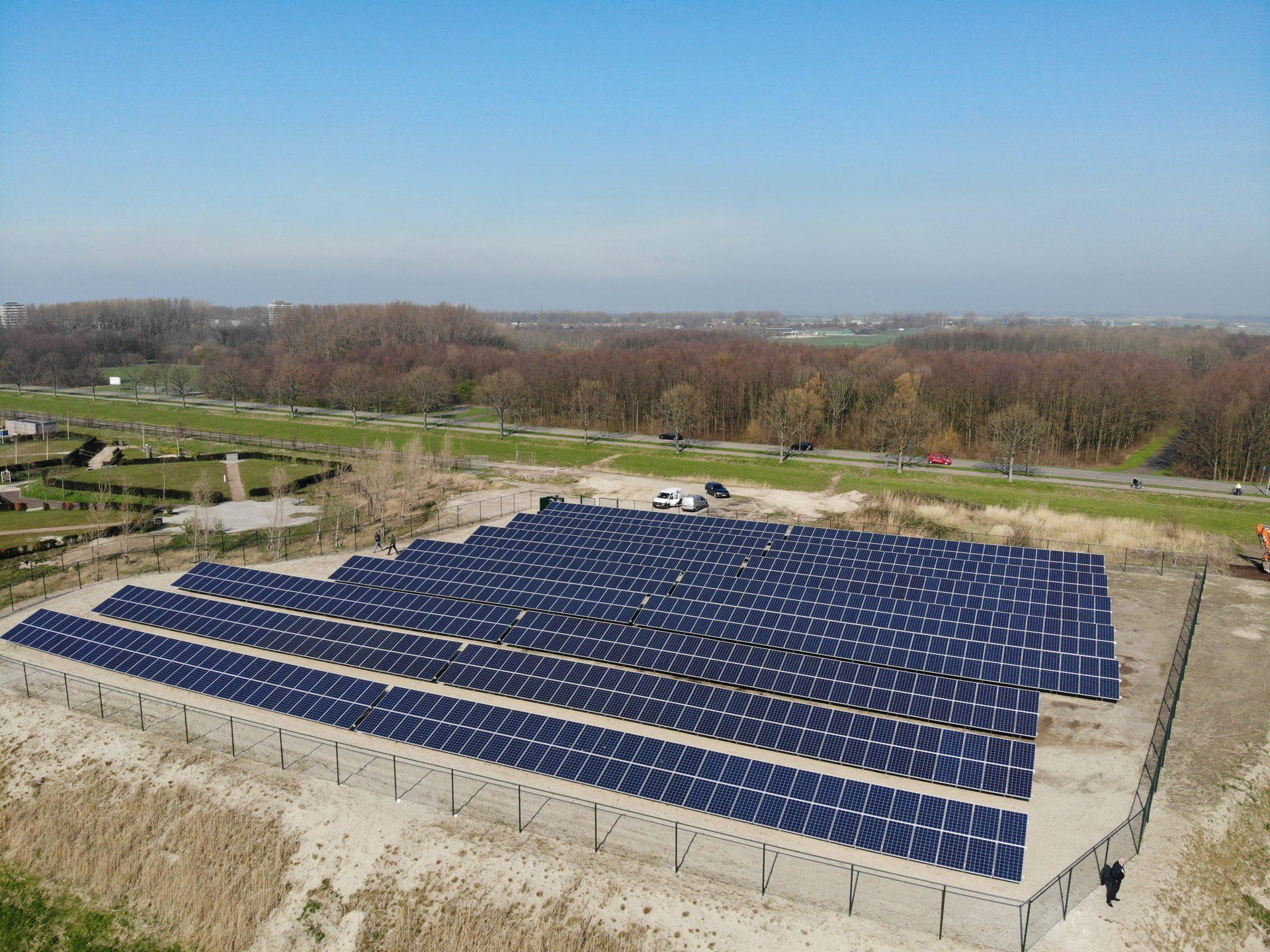 Als voorbeeld het zonnepark van Maassluis